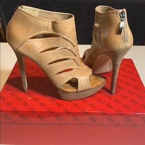 GUESS Sandal/Booties